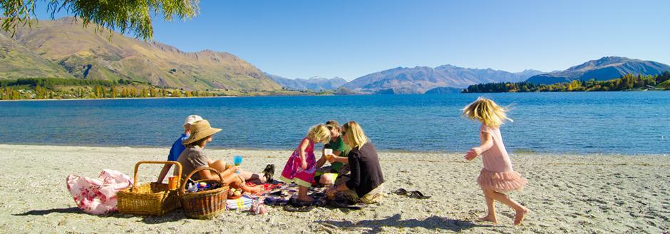 family picnic at lake wanaka