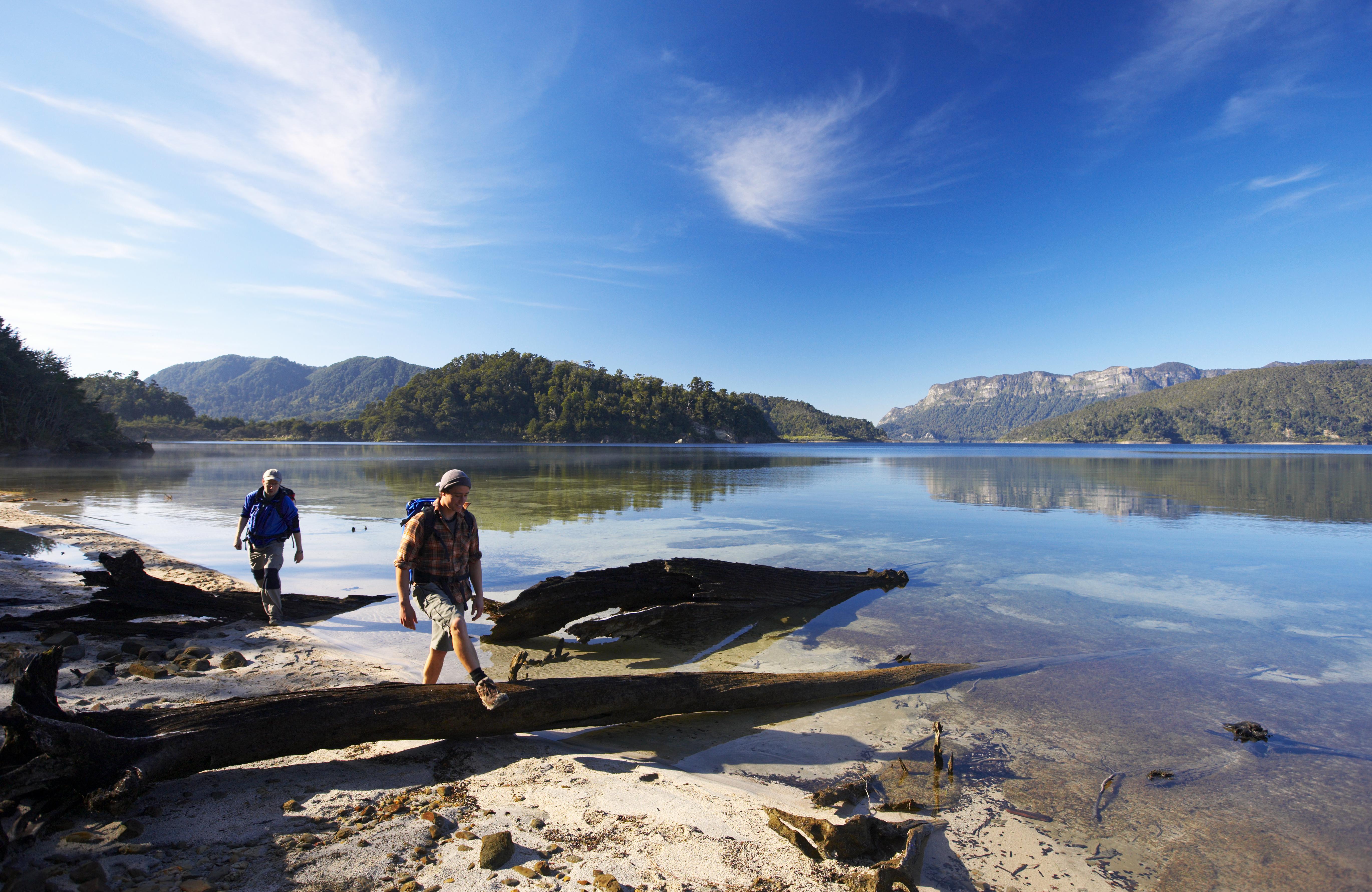 Lake-Waikaremoana-Track-Chris-McLennan-Copy